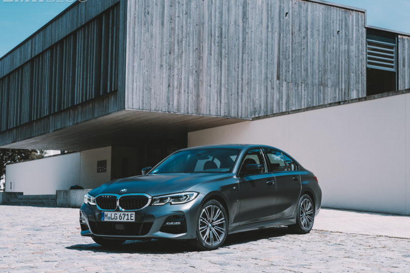 BMW 3 Series Touring 330e 1 830x553