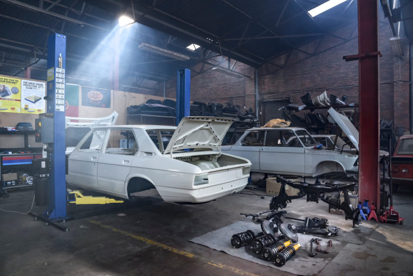 BMW 530 MLE Restoration 9 of 101 830x554