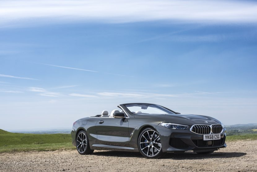 BMW 8 Series Convertible 840d 06 830x554