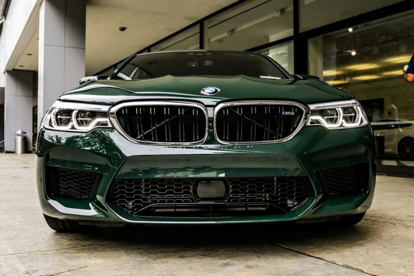 BMW M5 F90 Individual British Racing Green New York 01 830x553