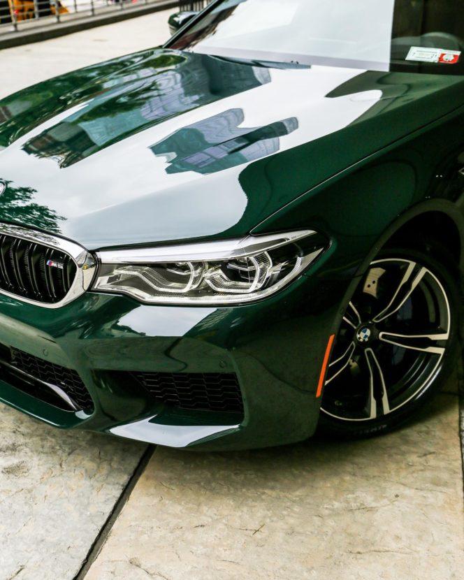 BMW M5 F90 Individual British Racing Green New York 03 664x830