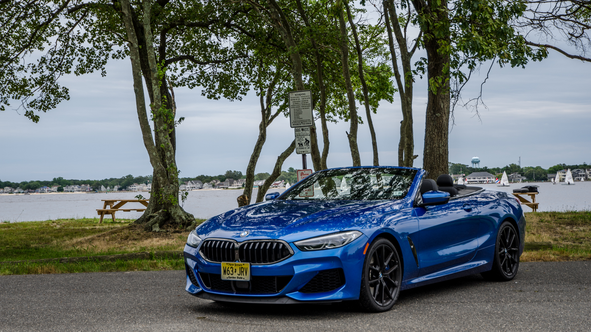 BMW M850i Convertible 3 of 30