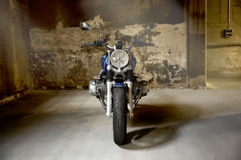BMW R nineT  5 22 830x553
