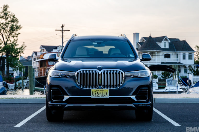 BMW X7 xDrive50i 25 of 71 830x553