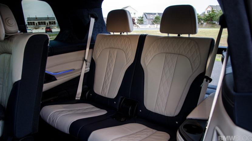 BMW X7 xDrive50i 51 of 71 830x467