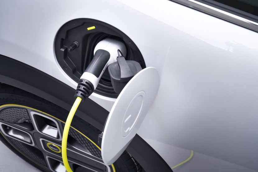 MINI confirms plans to go full electric, Countryman EV in the works