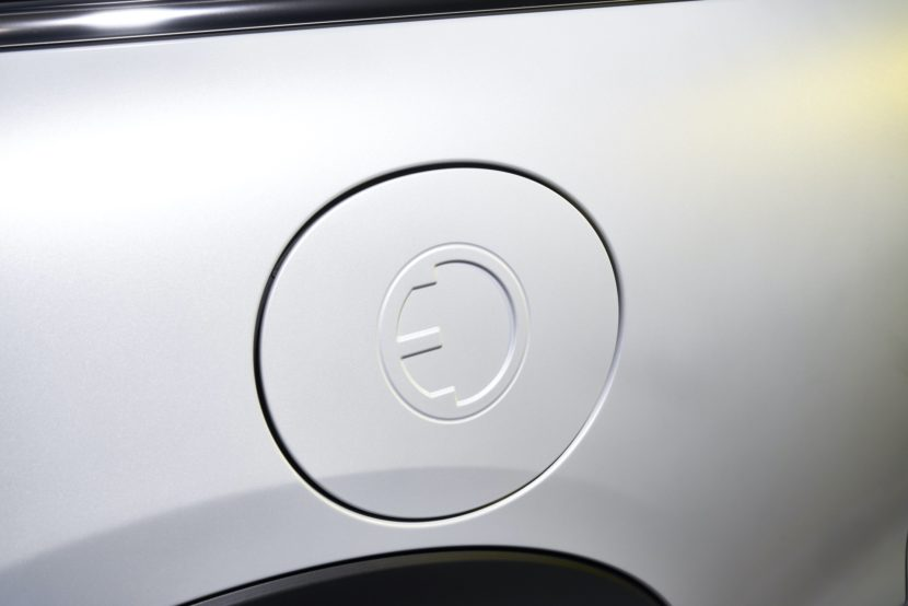 MINI Cooper SE electric images 27 830x554