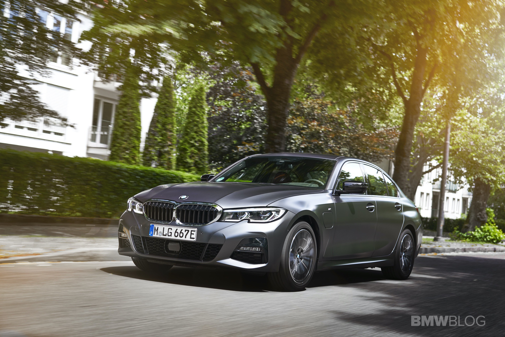 SPIED: Electric BMW 3 Series test prototype looks a bit intriguing