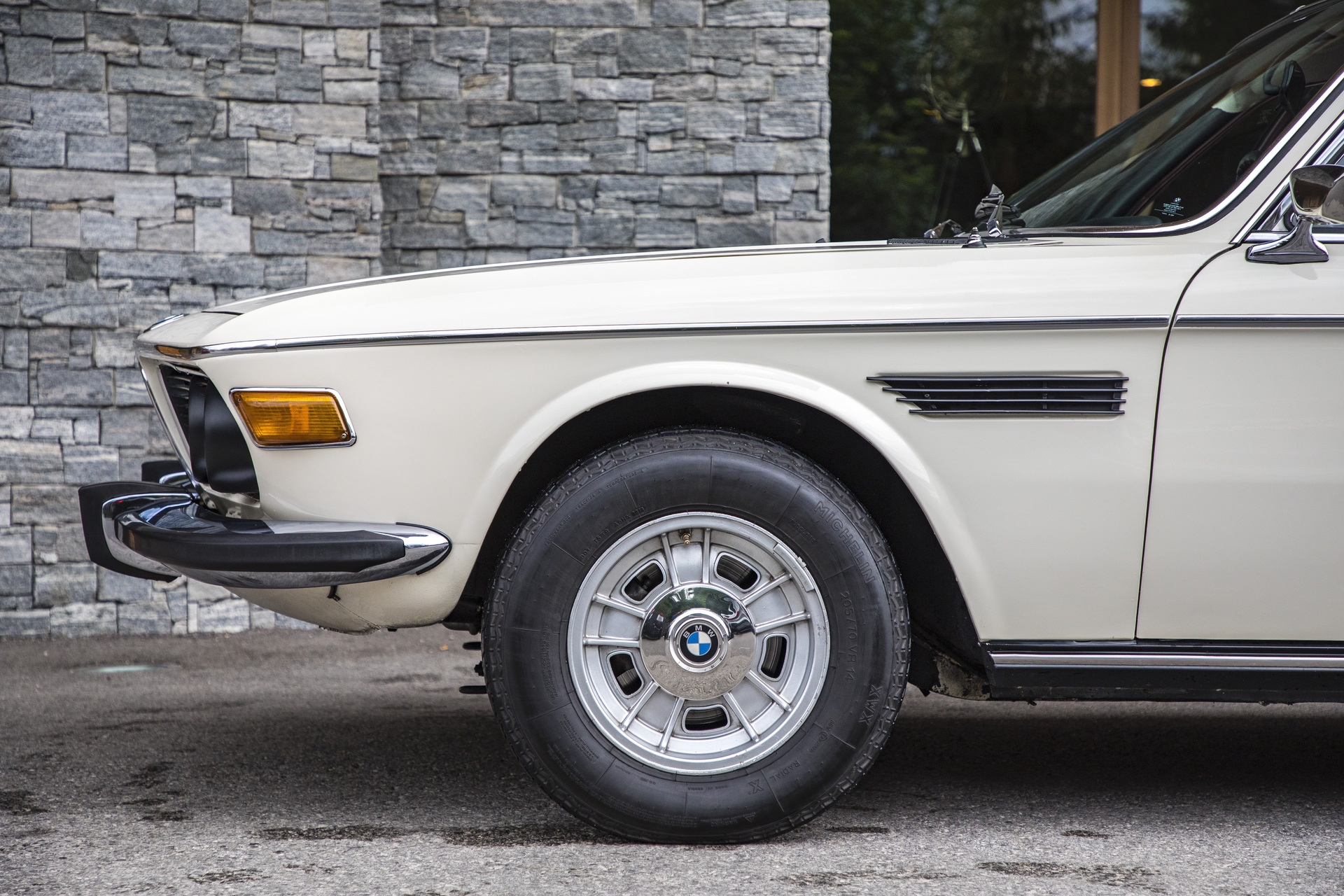 TEST DRIVE: 1973 BMW 3 0 CSi Review – The Definition Of Grace