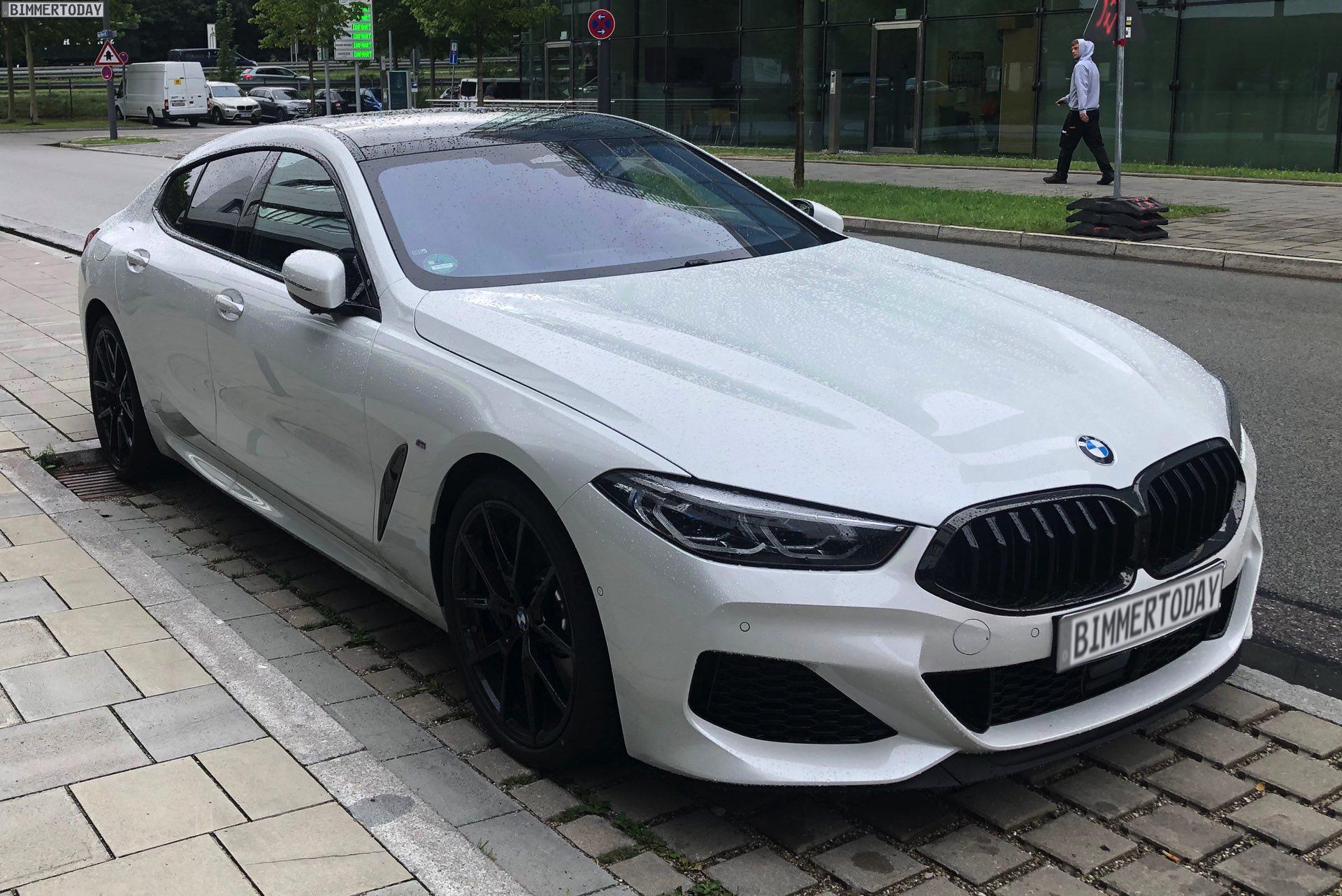 BMW 8er Gran Coupé G16 weiss M850i 01