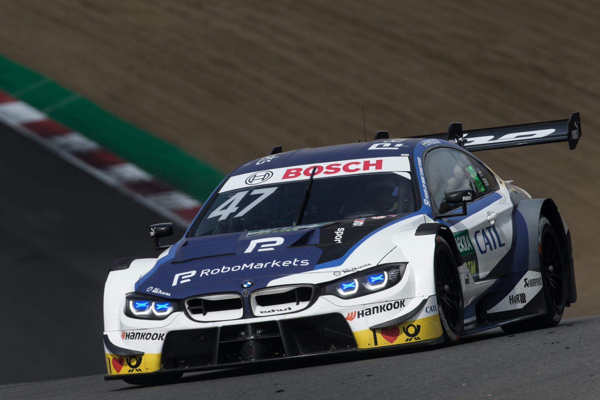 BMW DTM Brands Hatch 03