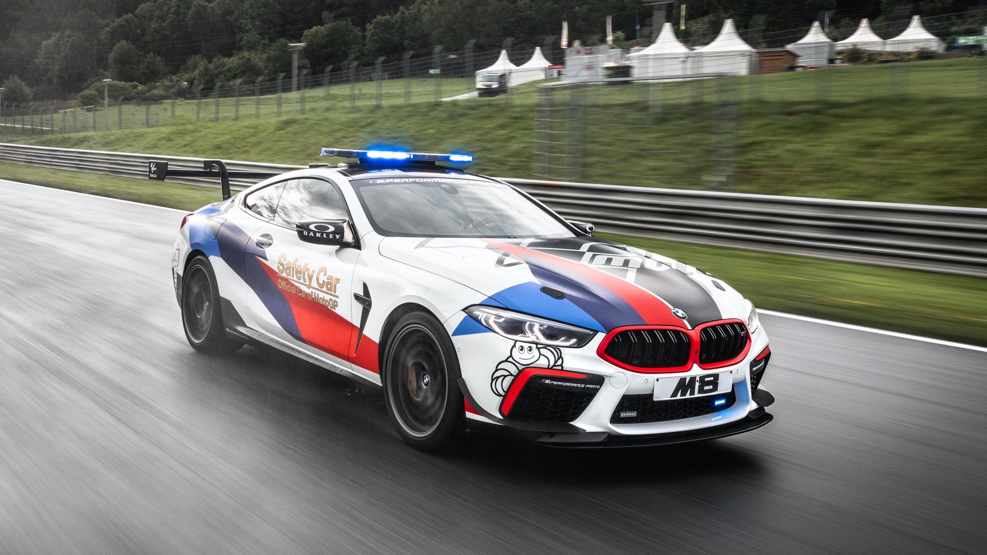 BMW M8 MotoGP Safety Car 41