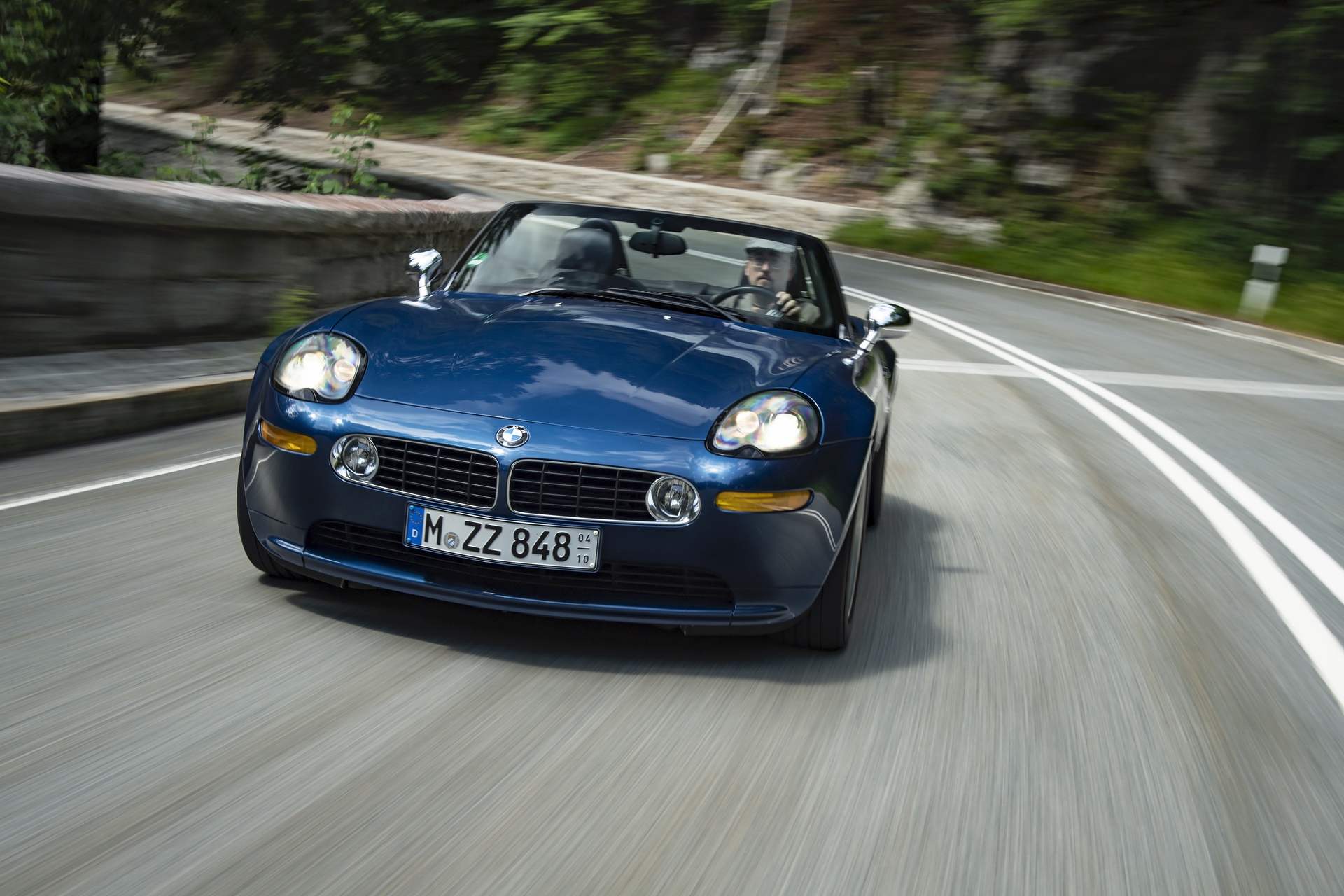 BMW Z8 test drive review 24