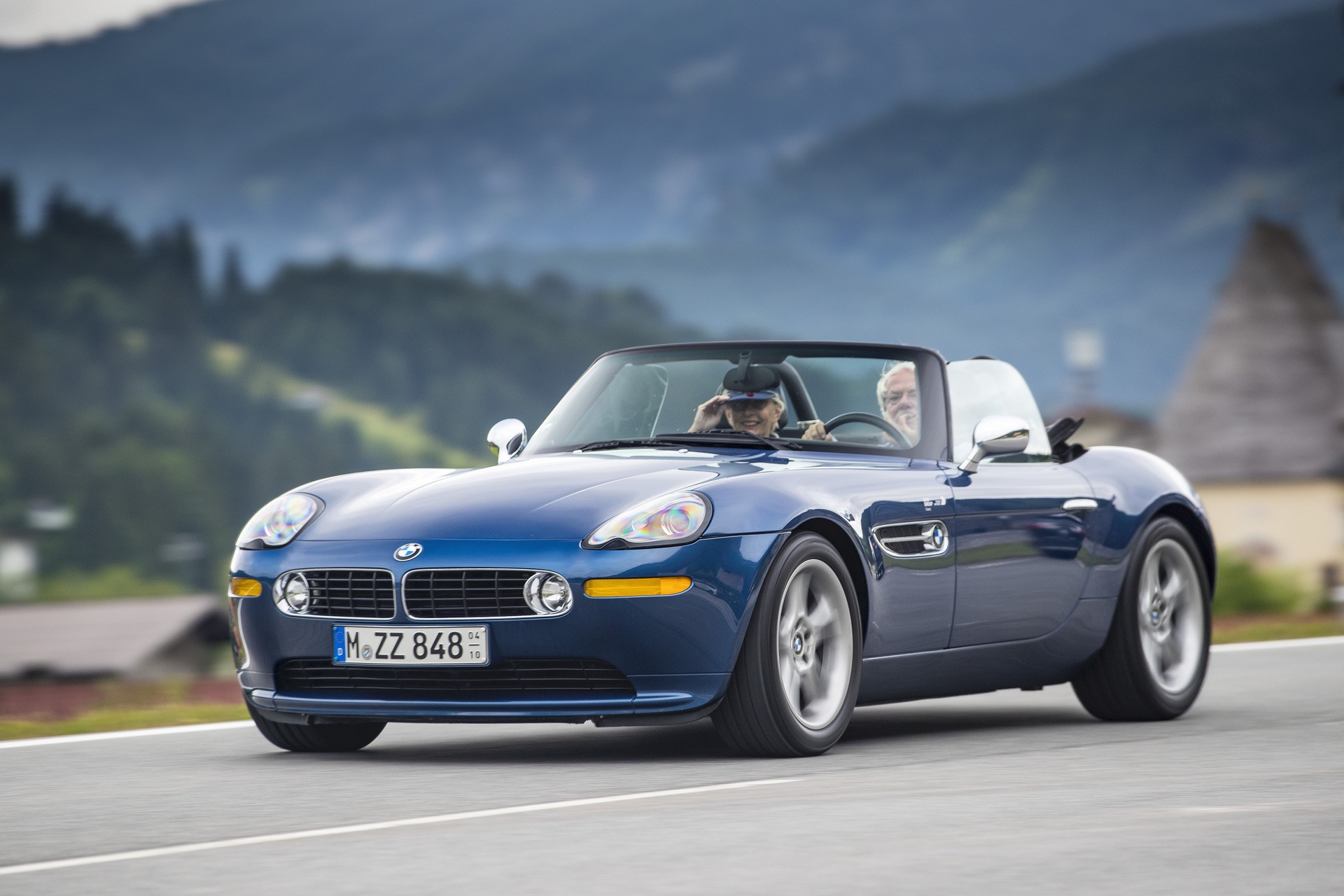 BMW Z8 test drive review 57