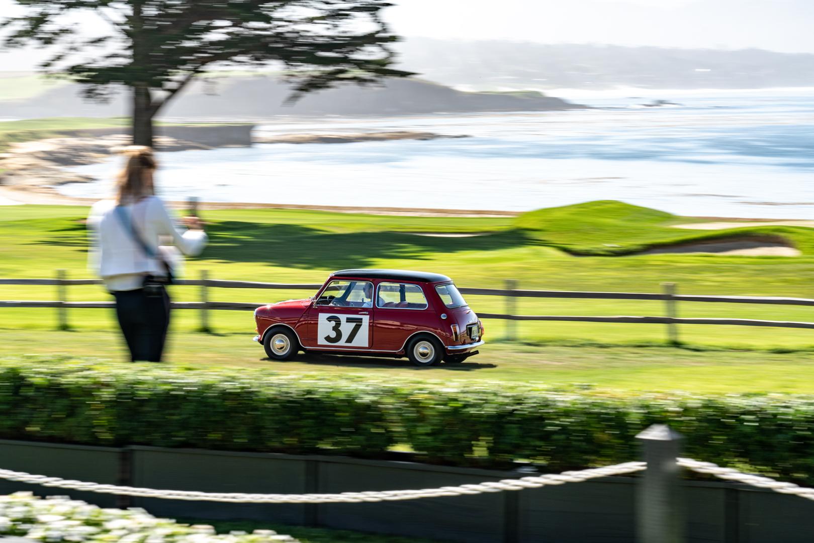 Classic Mini Cooper S 4 of 6
