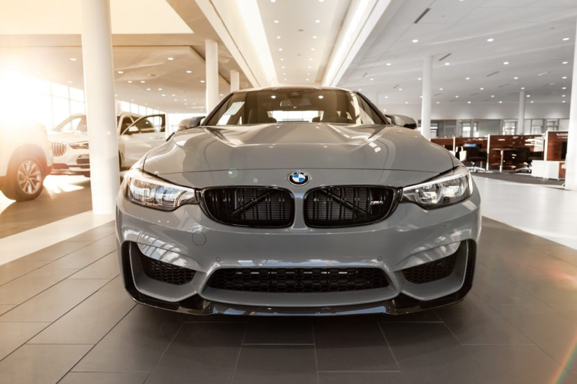 BMW M4 front-end