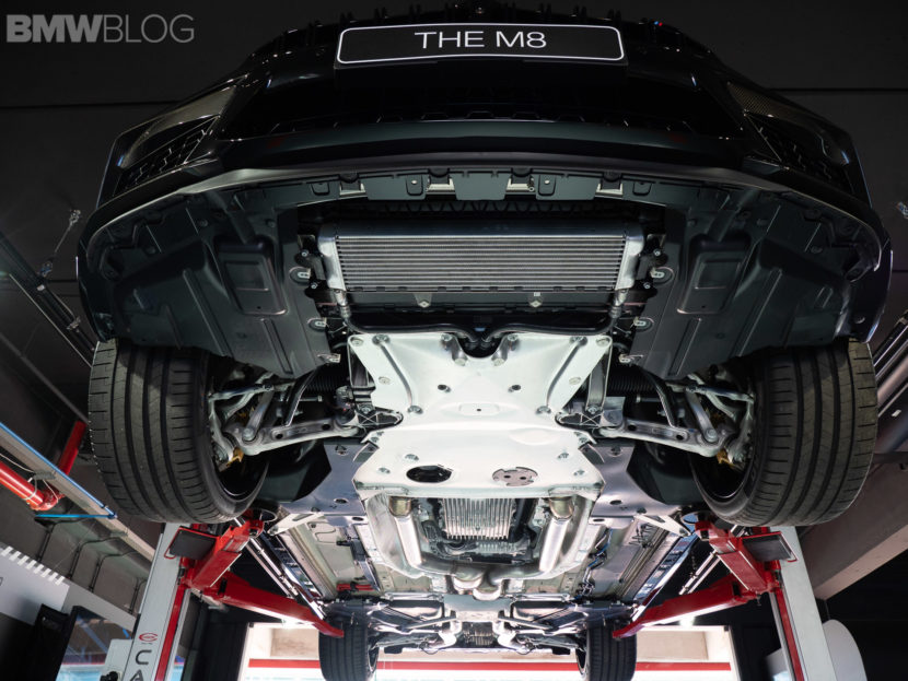 BMW M8 COUPE UNDERCARRIAGE 13 830x623