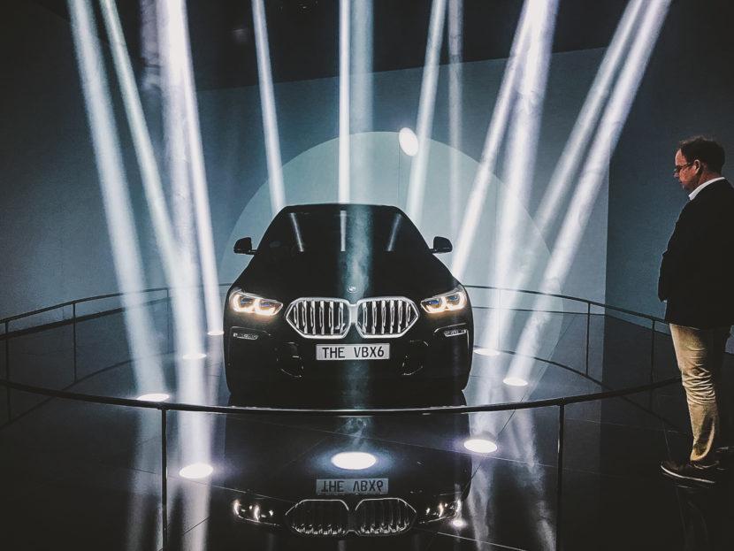 BMW X6 Vantablack IAA 2019 4 830x623