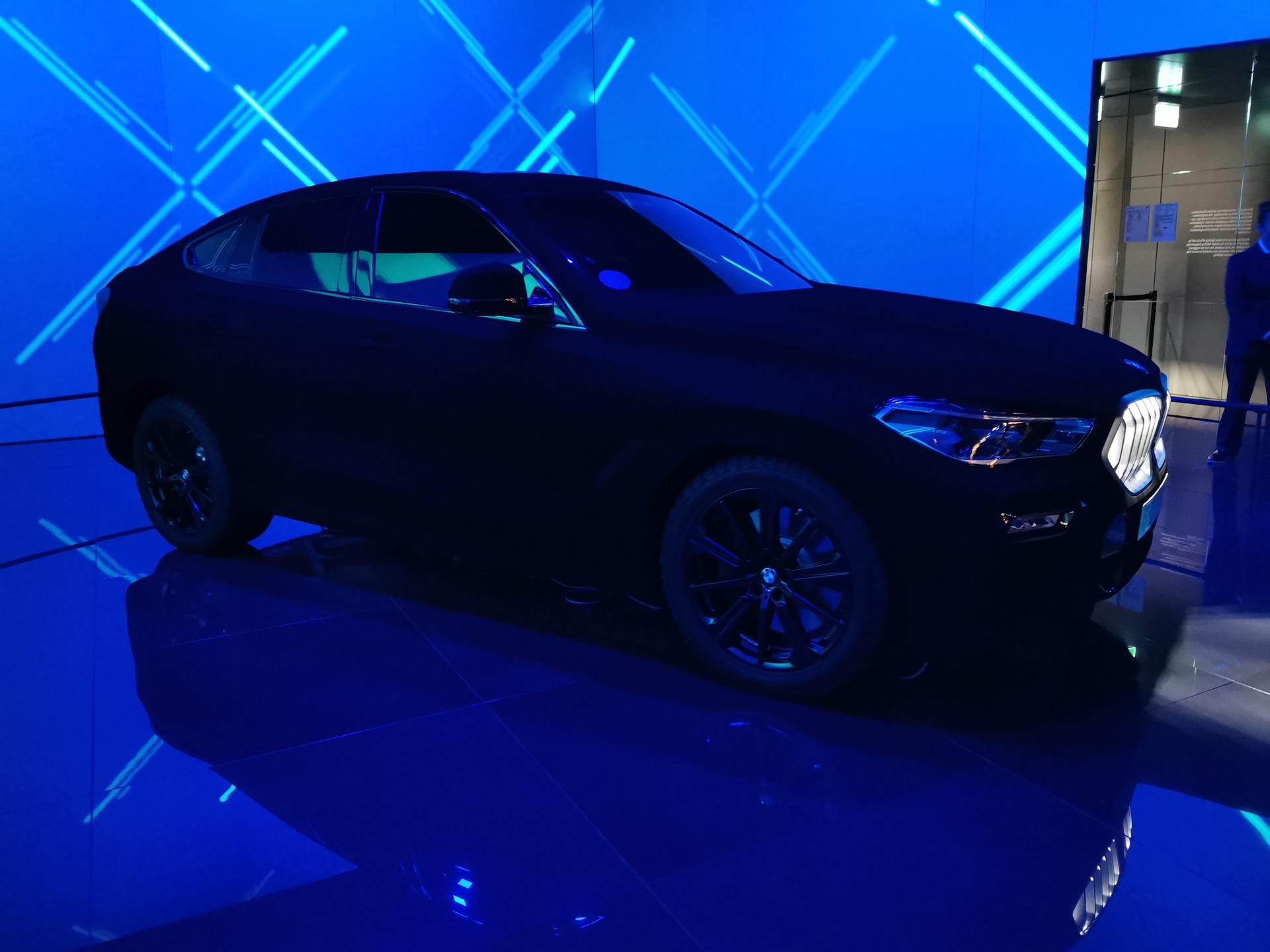 Bmw X6 Vantablack Blackest Black In The World Of Cars