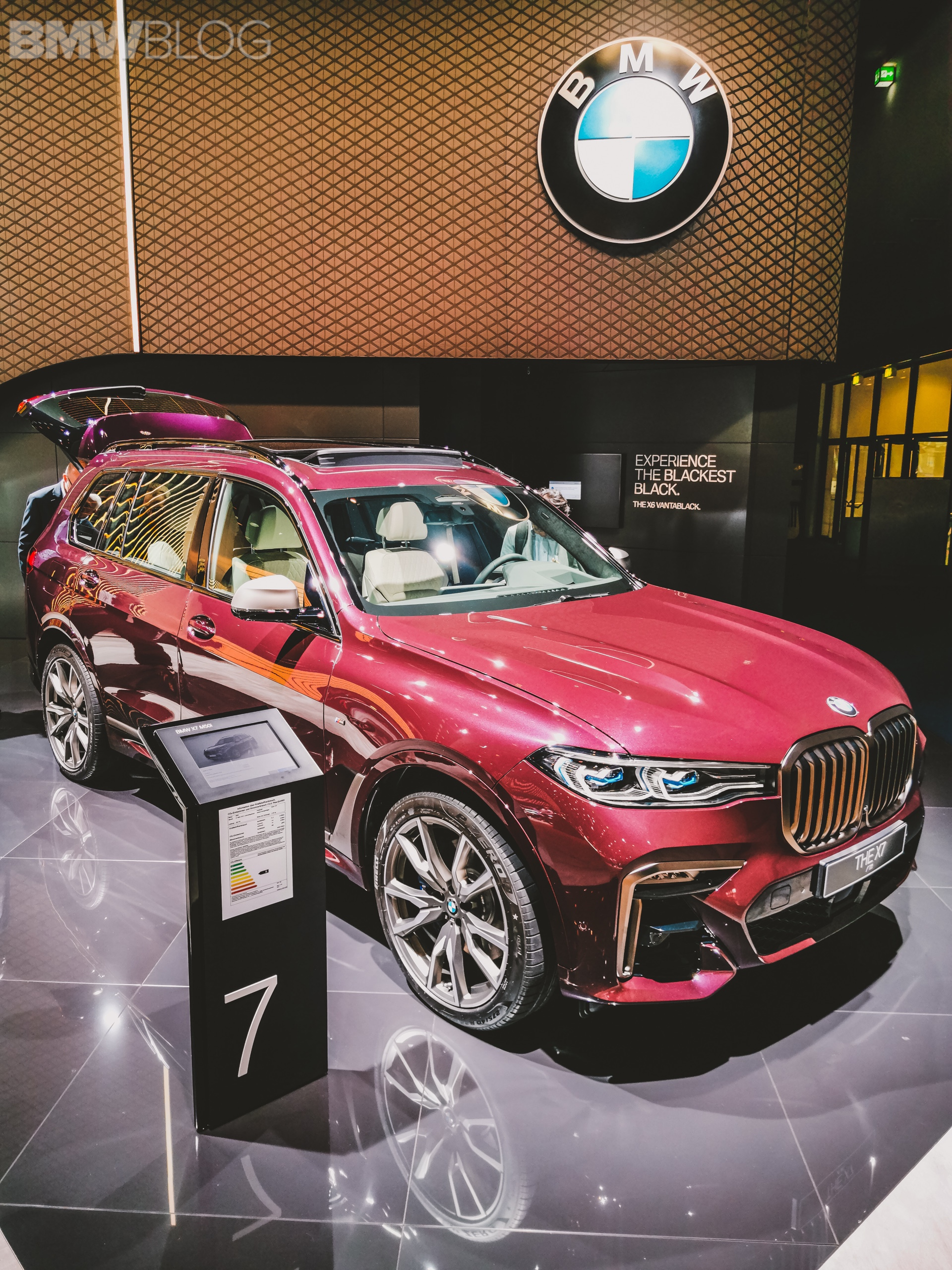 2019 Iaa Bmw X7 In The Bmw Individual Ametrin Metallic Color