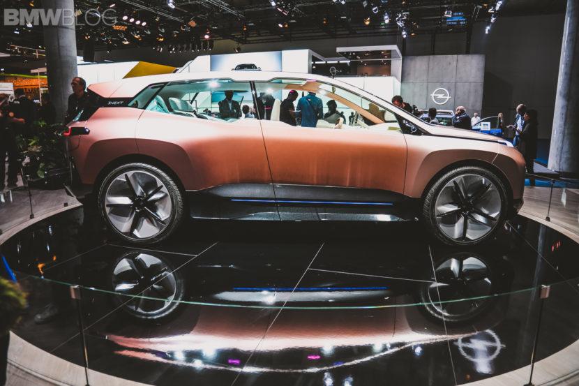 BMW iNext Frankfurt Auto Show 16 830x553