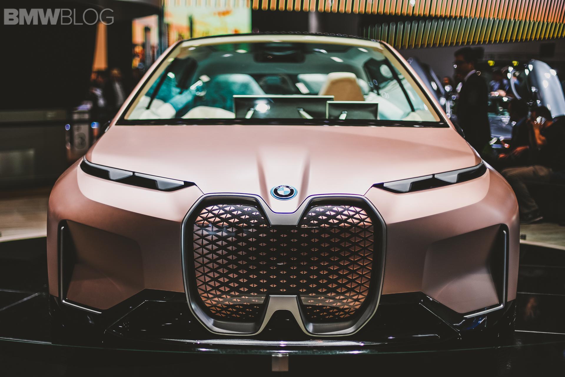 BMW iNext Frankfurt Auto Show 21
