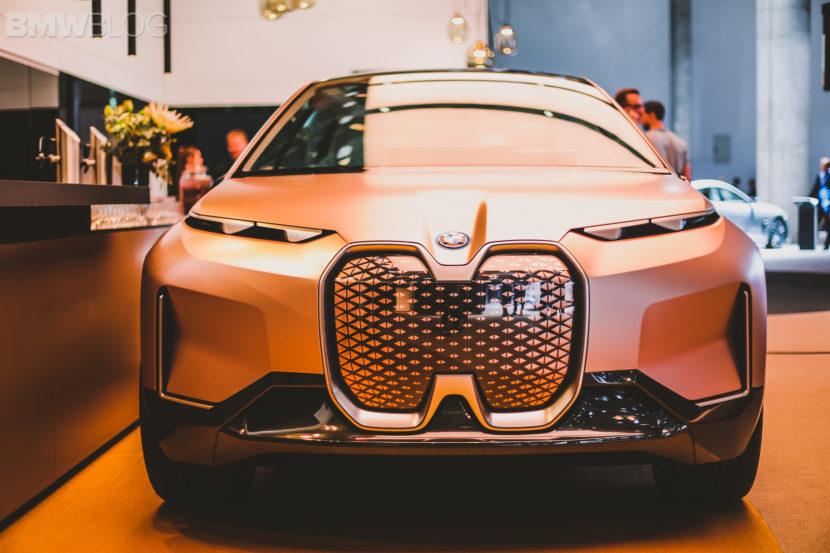 BMW iNext Frankfurt Auto Show 4 830x553