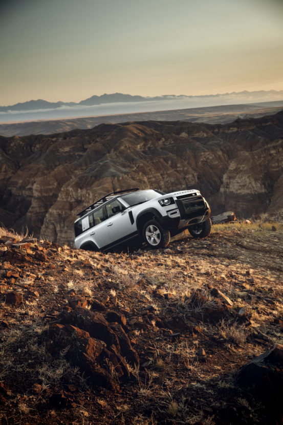 Will the Land Rover Defender SVR Use a BMW V8?