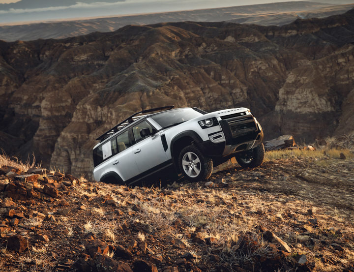 Land Rover Defender 4 of 5 720x553