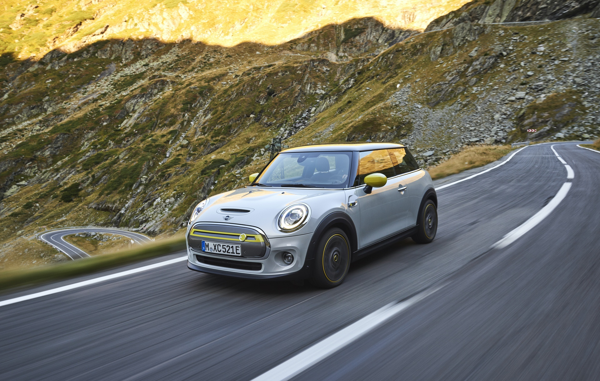 Video: MINI USA gets new promo, focused on driving