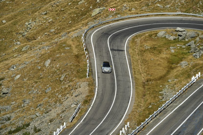 MINI Cooper SE Transfagarasan 85 830x552