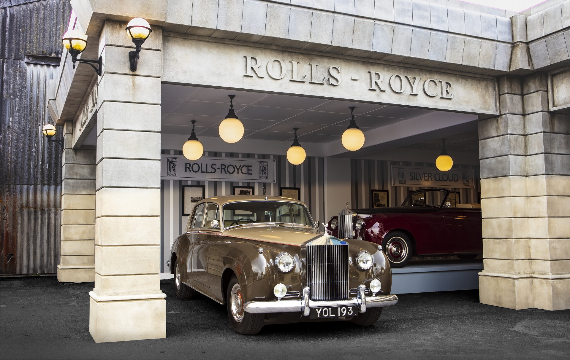 Rolls-Royce Creates Vintage Auto Show Stage Replica at Goodwood