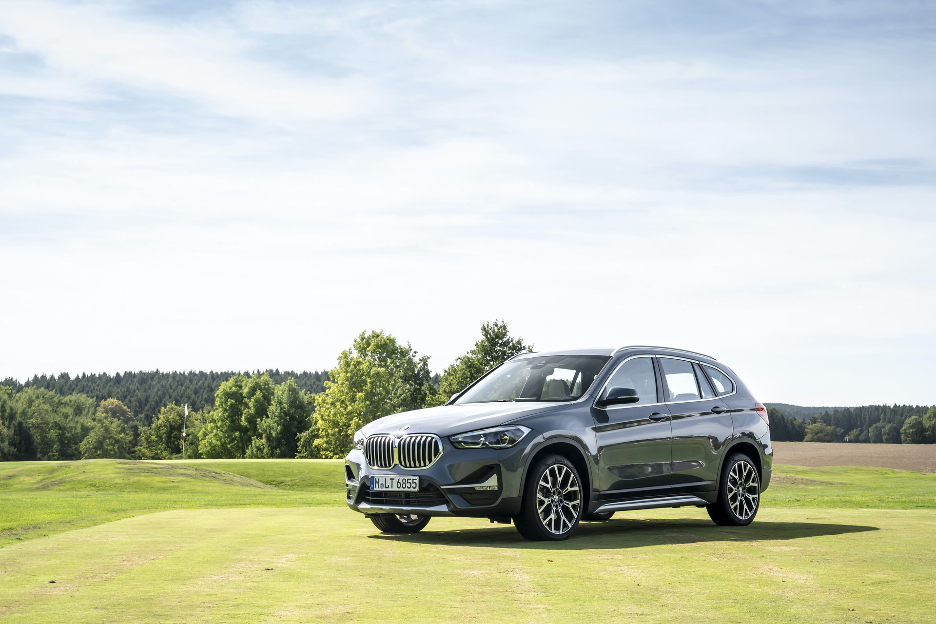 TEST DRIVE: 2019 BMW X1 Facelift - Improving The ...