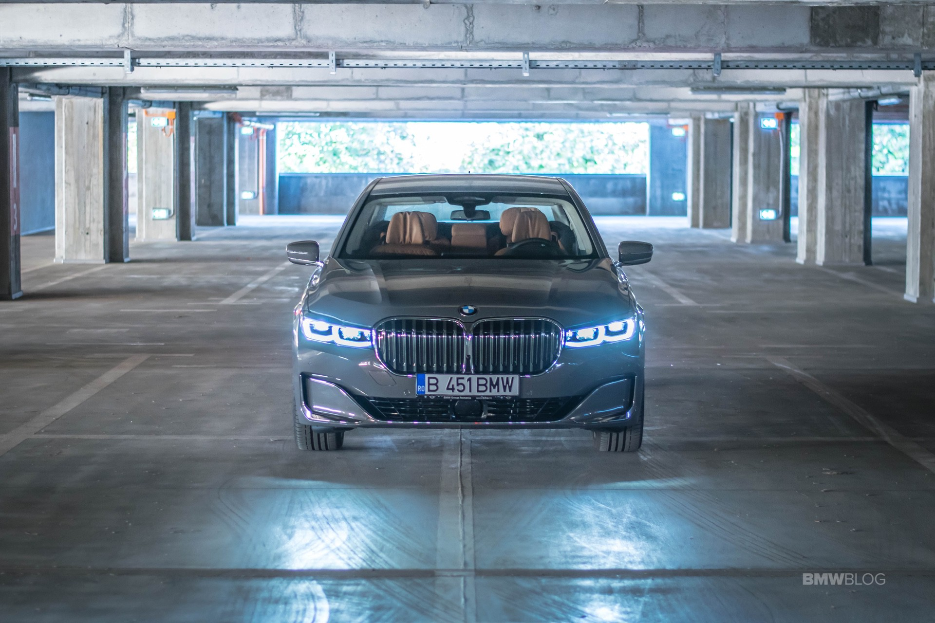 TEST DRIVE: 2019 BMW 745e – Straight Six For The Win