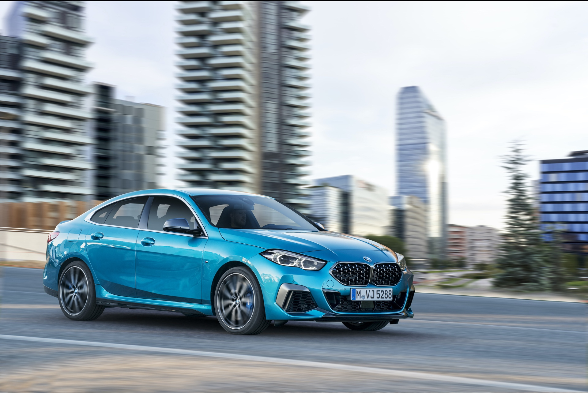 BMW M235i gran coupe 0