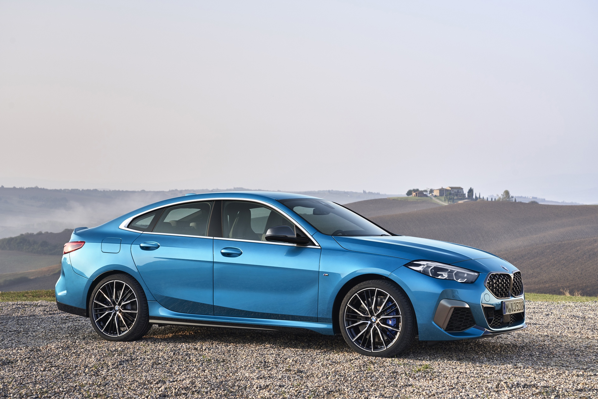 BMW M235i gran coupe 45