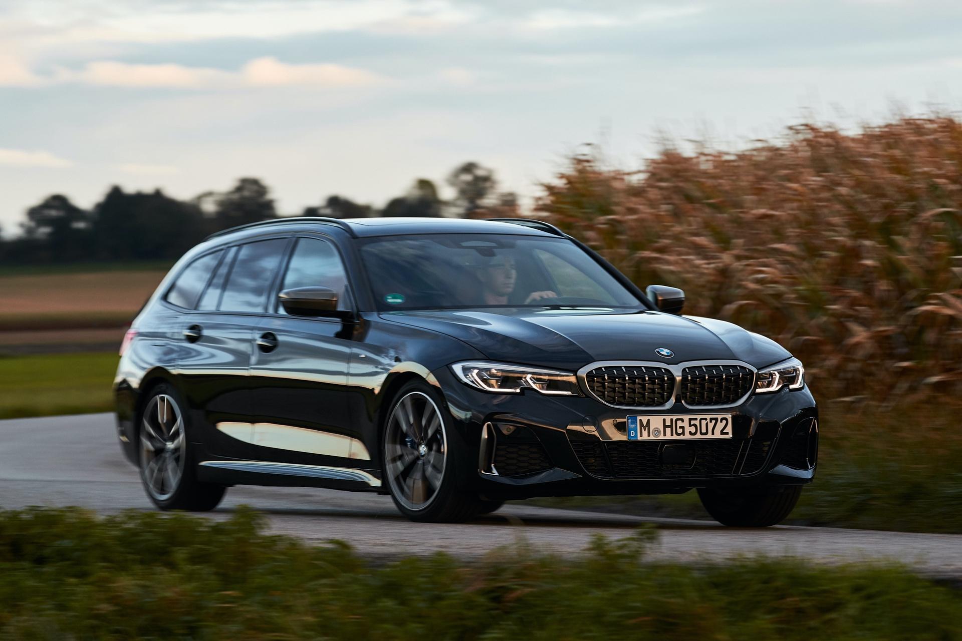 BMW M340i Touring Black Sapphire 20