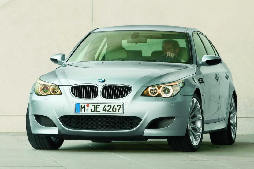 BMW M5 E60M 2005 830x553