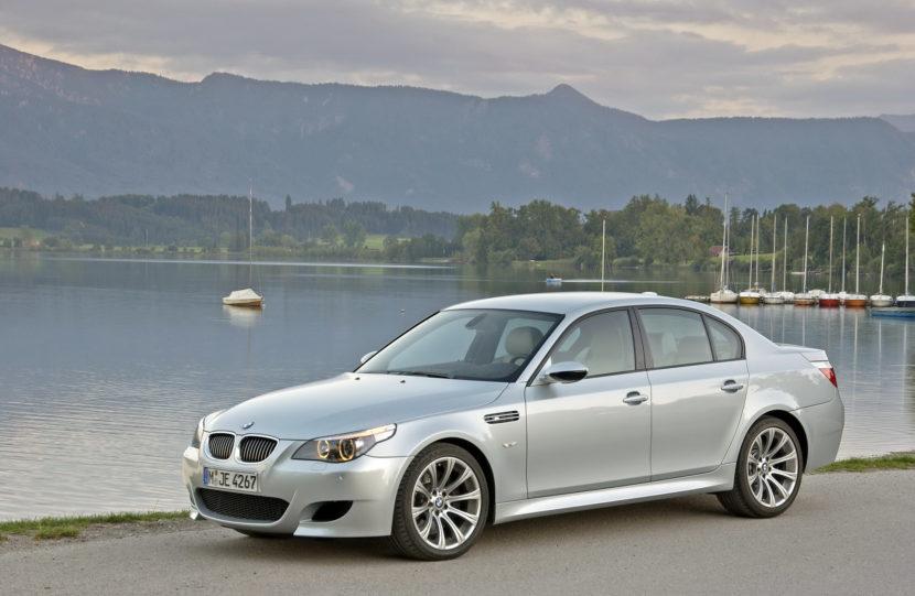 BMW M5 E60M 2005 4 830x541