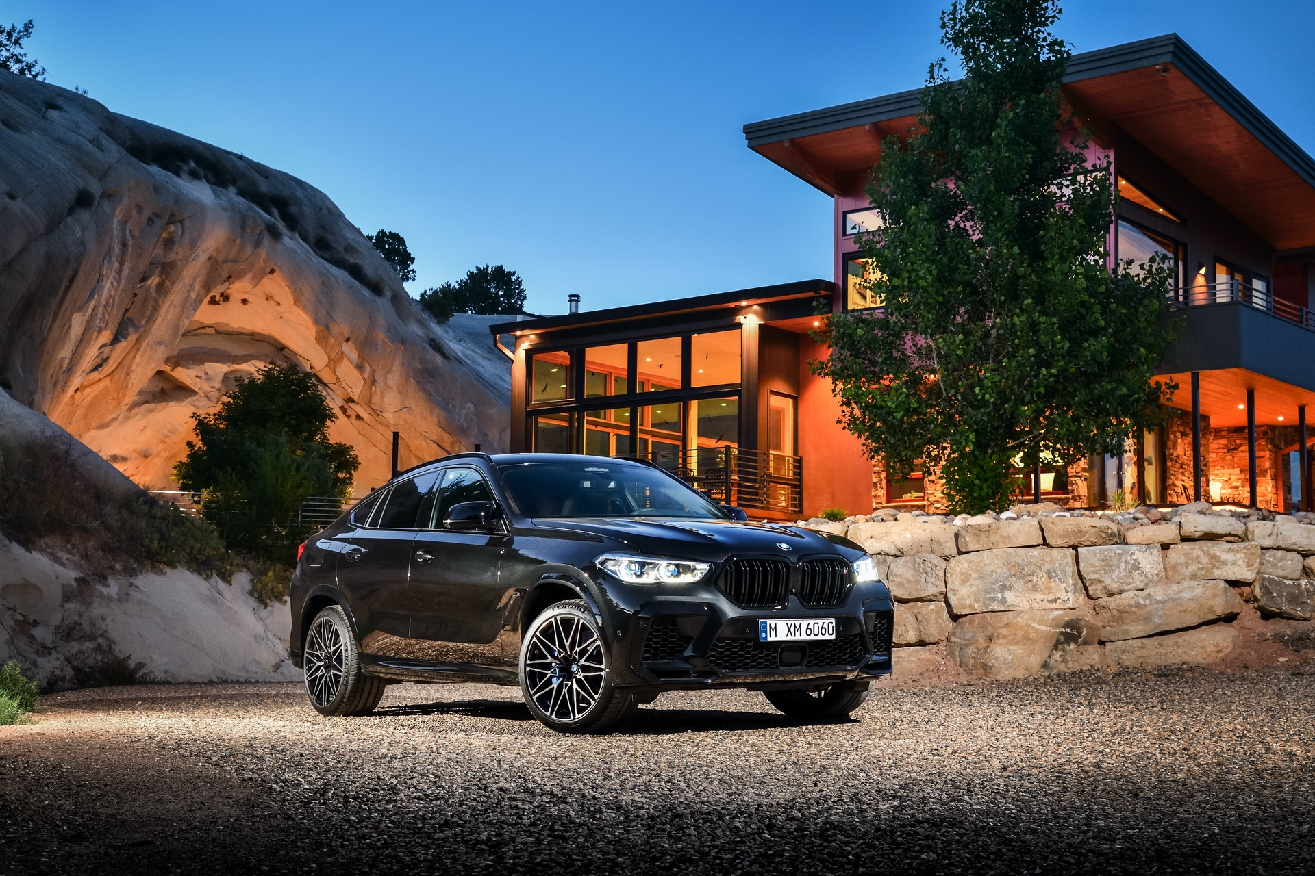 BMW X6 M Competition exterior design 34
