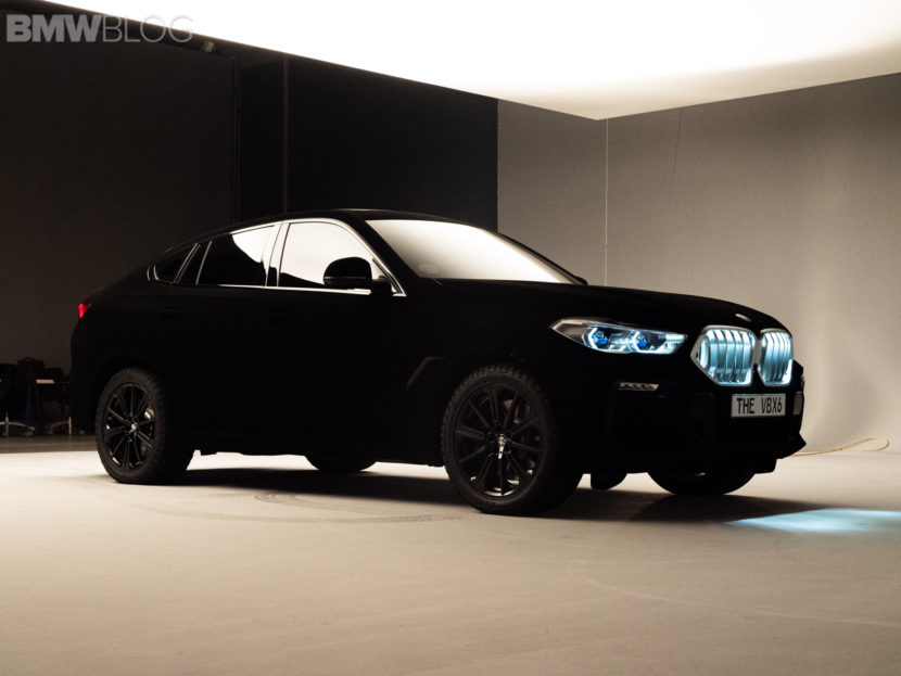 BMW X6 vantablack image 10 830x623