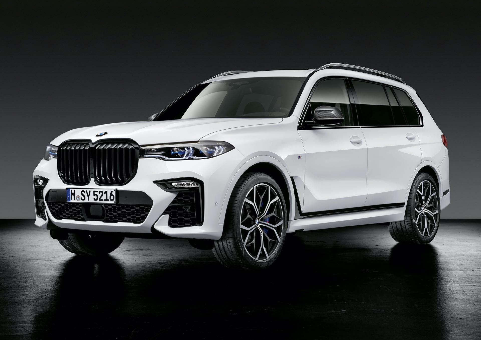 BMW X7 M Performance Parts 0
