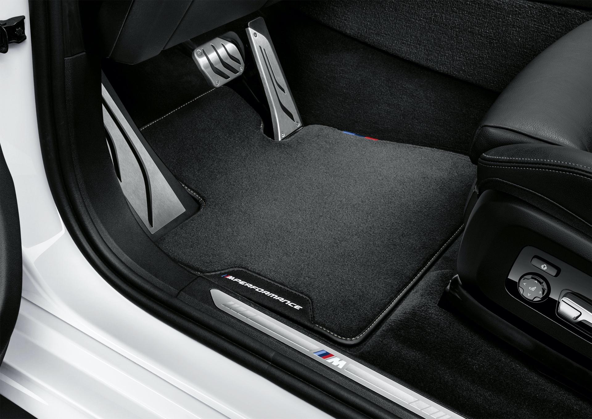 BMW X7 M Performance Parts 2