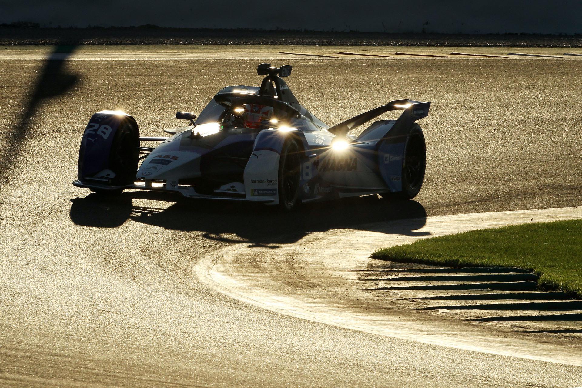 BMW i Motorsport Valencia 0