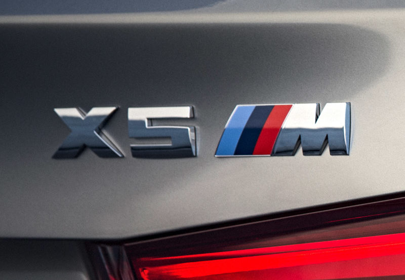 Genuine BMW F85 X5M Emblem grey 800x553