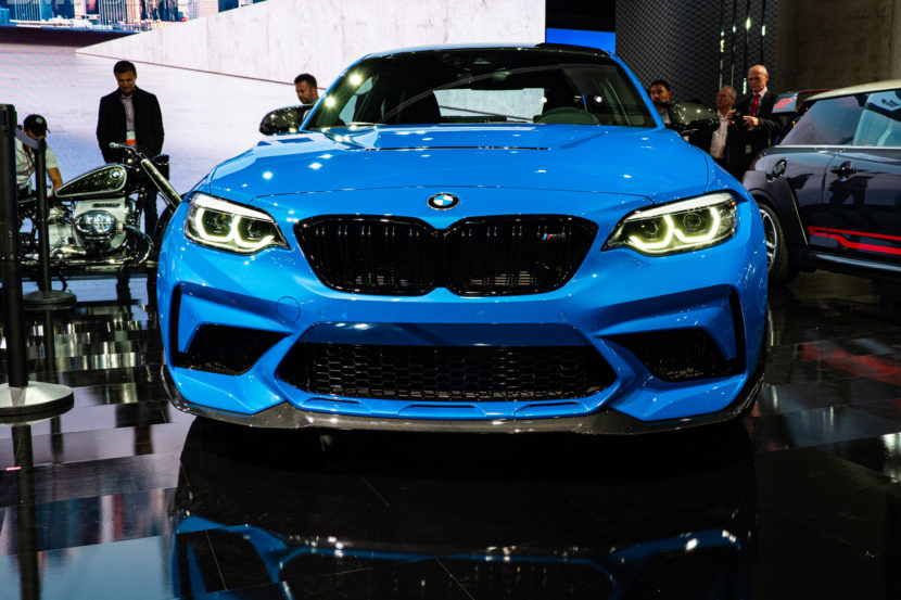 2020 BMW M2 CS photos 25 830x553