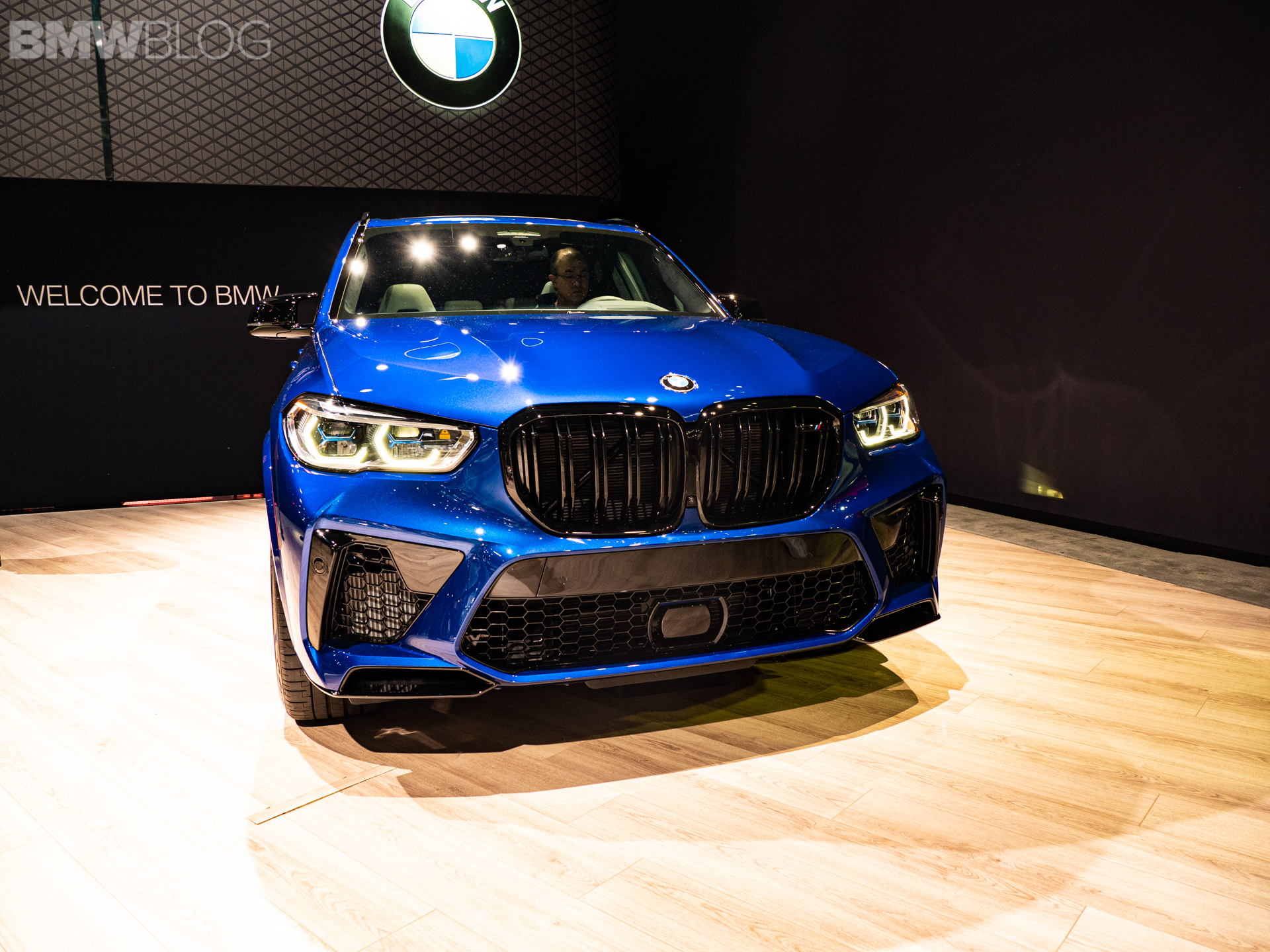 2020 BMW X5 M COMPETITION LA AUTO SHOW 3