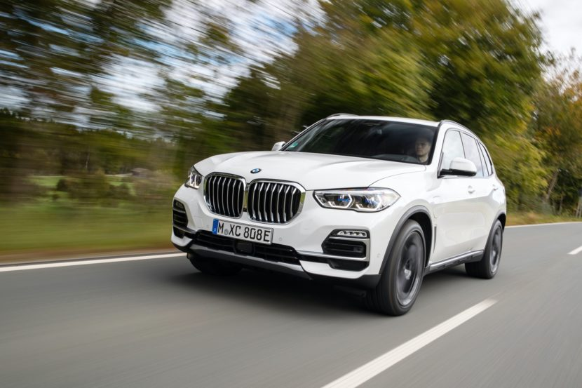 2020 BMW X5 xDrive45e test drive 2 830x553