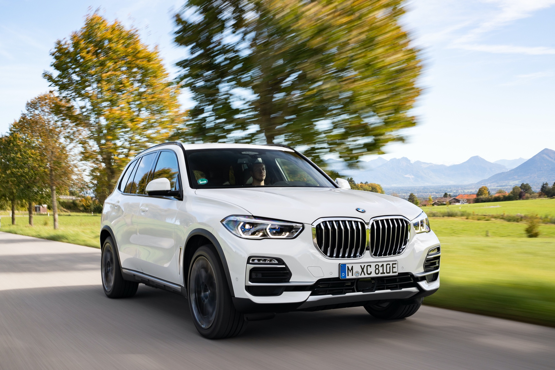2020 BMW X5 xDrive45e test drive 27