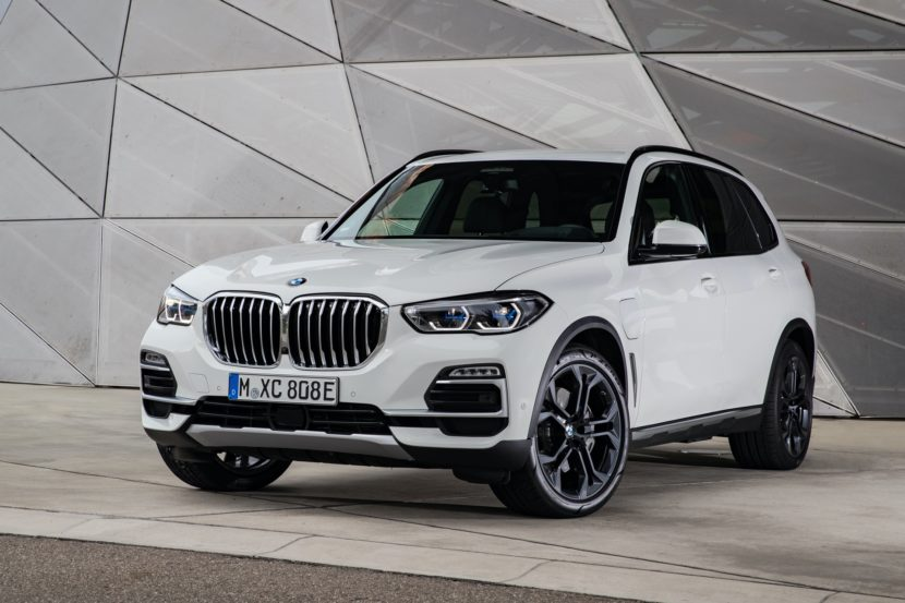 2020 BMW X5 xDrive45e test drive 65 830x553